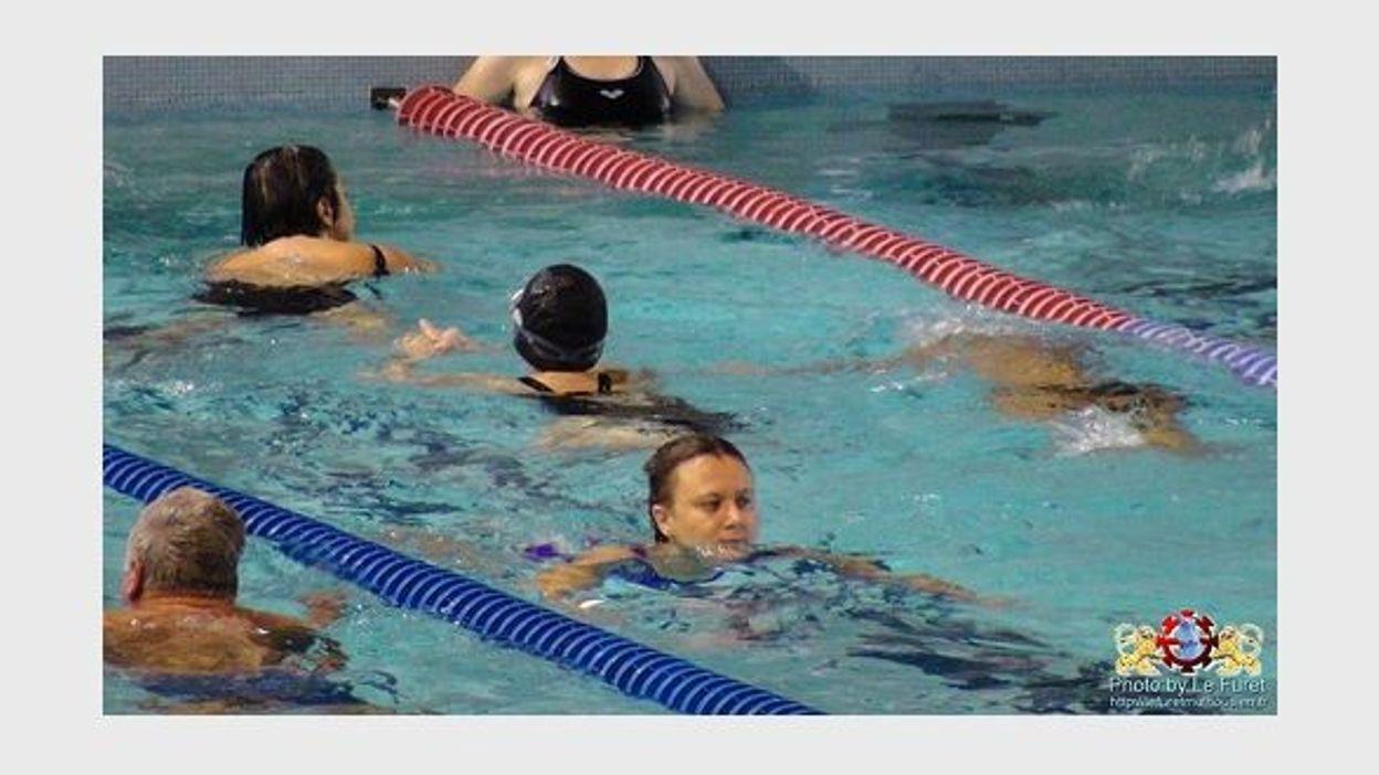 Une seule piscine ouverte namur rtbf regions for Piscine ouverte