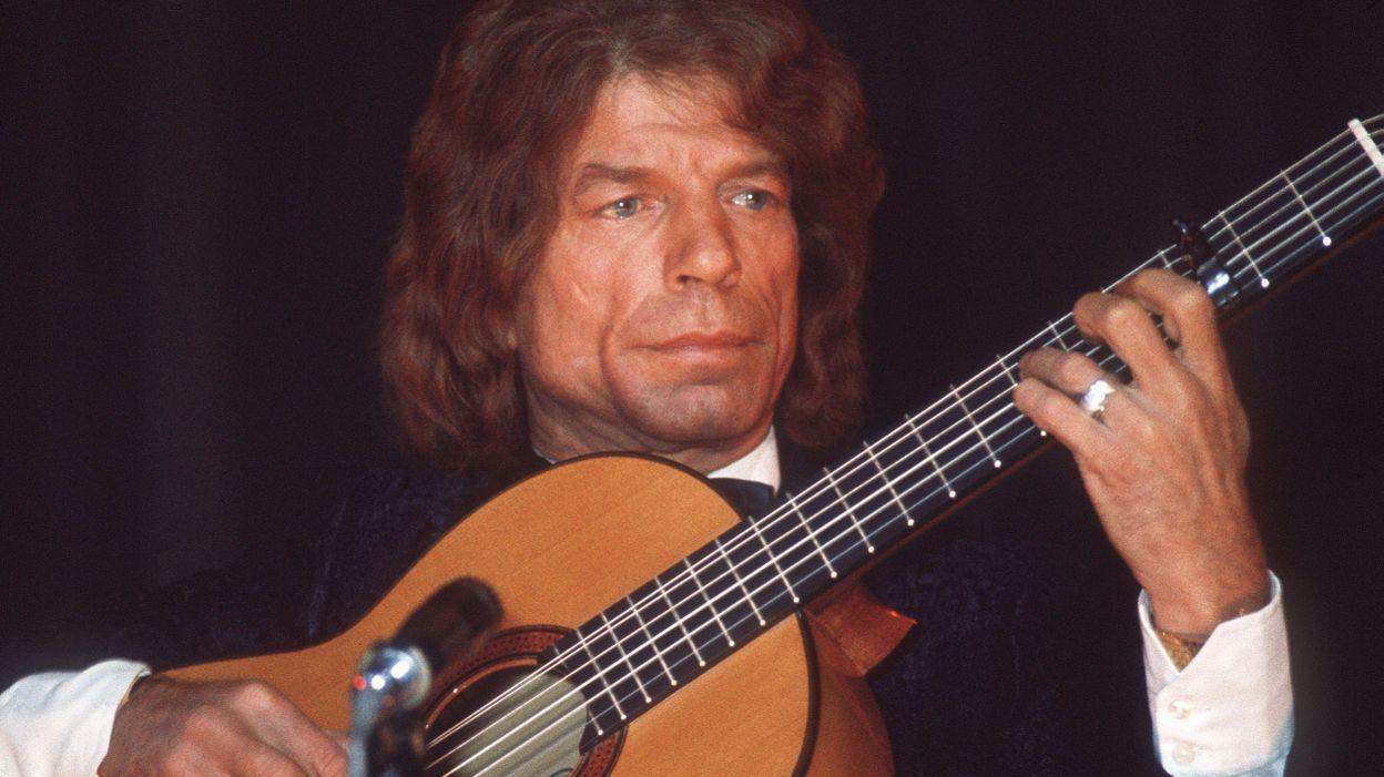 Manitas De Plata Flamenco Guitar