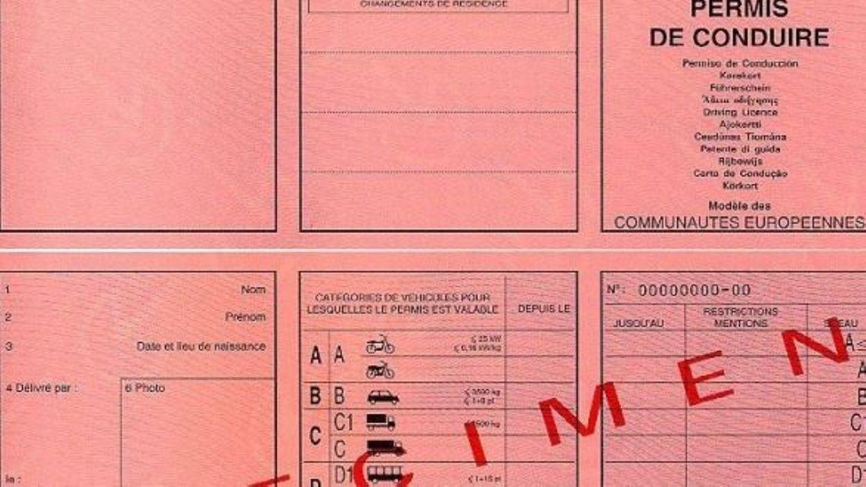 longue attente pour l 39 examen pratique du permis de conduire rtbf belgique. Black Bedroom Furniture Sets. Home Design Ideas