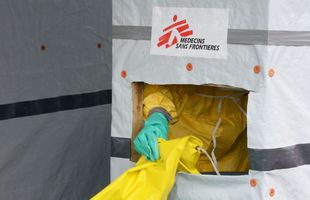 Liberia: une volontaire française de MSF atteinte d'Ebola