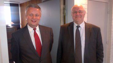 Michel De Wolf président de l'Institut des réviseurs et André Bert, président de l'Institut des experts-comptables et des conseils fiscaux