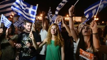 """Victoire du """"non"""": la Grèce entre dans une zone d'incertitude"""