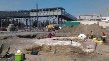 """Les fondations de la Tour """"Saint-Georges"""" sur le chantier de la gare de Mons"""
