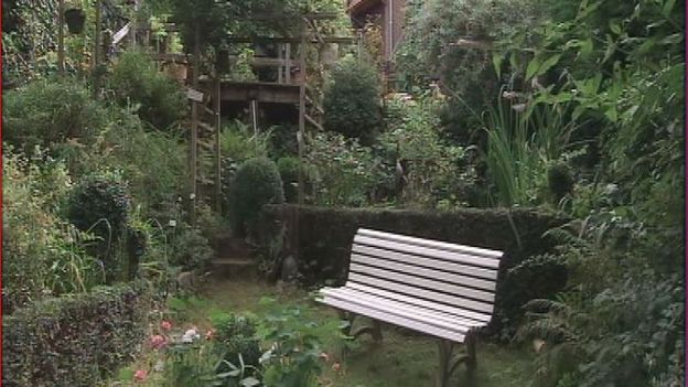 le jardin en terrasses de marie th r se rtbf jardins loisirs. Black Bedroom Furniture Sets. Home Design Ideas