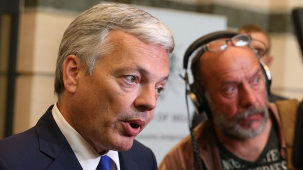 """Didier Reynders s'excuse: """"Mes propos étaient maladroits"""""""