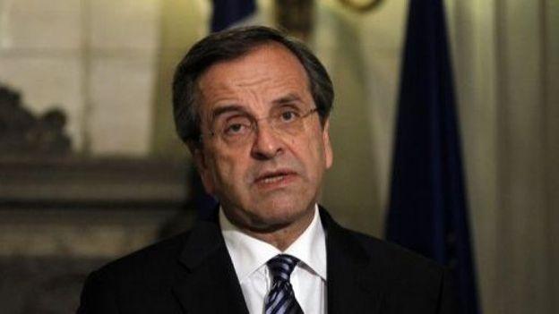 Le Premier ministre grec, Antonis Samaras, s'adresse aux journalistes le 7 septembre 2012 à Athènes