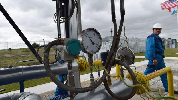 De l 39 eau dans le gaz pour le premier project bond for 94 castor eau