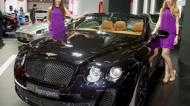 flandre les enregistrements de voitures de luxe en hausse gr ce la nouvelle tmc rtbf belgique. Black Bedroom Furniture Sets. Home Design Ideas
