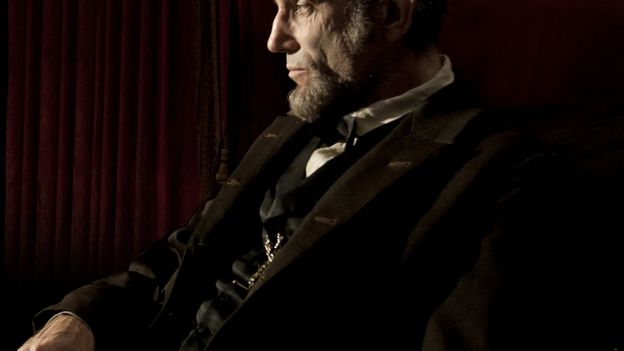 Daniel Day-Lewis est le Lincoln de Steven Spielberg