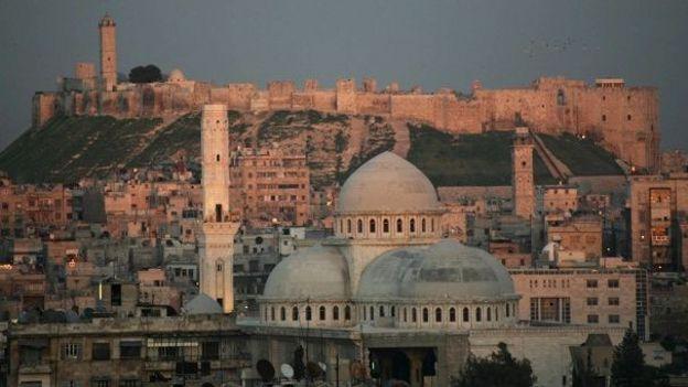 Les bombardements se poursuivent à Alep