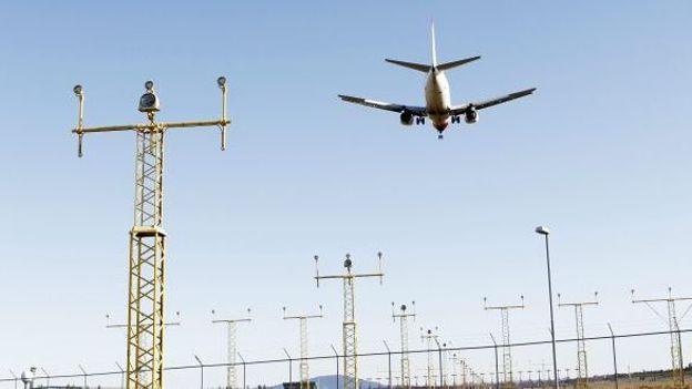 Un avion atterrit près d'Oslo